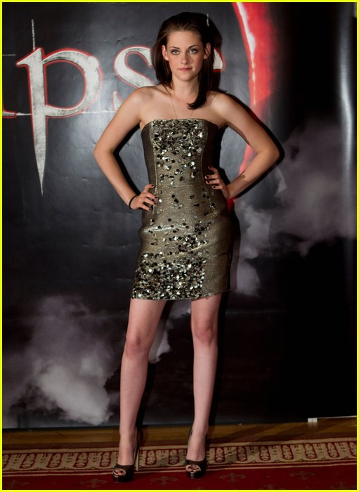 kristen stewart total eclipse of the heart 12