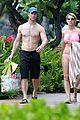 jake pavelka vienna girardi kauai hawaii bikini 05