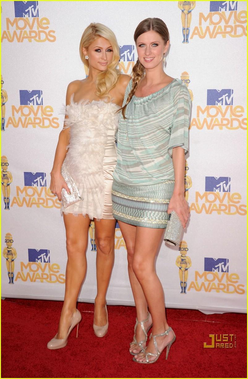 paris hilton nicky hilton mtv movie awards 2010 02