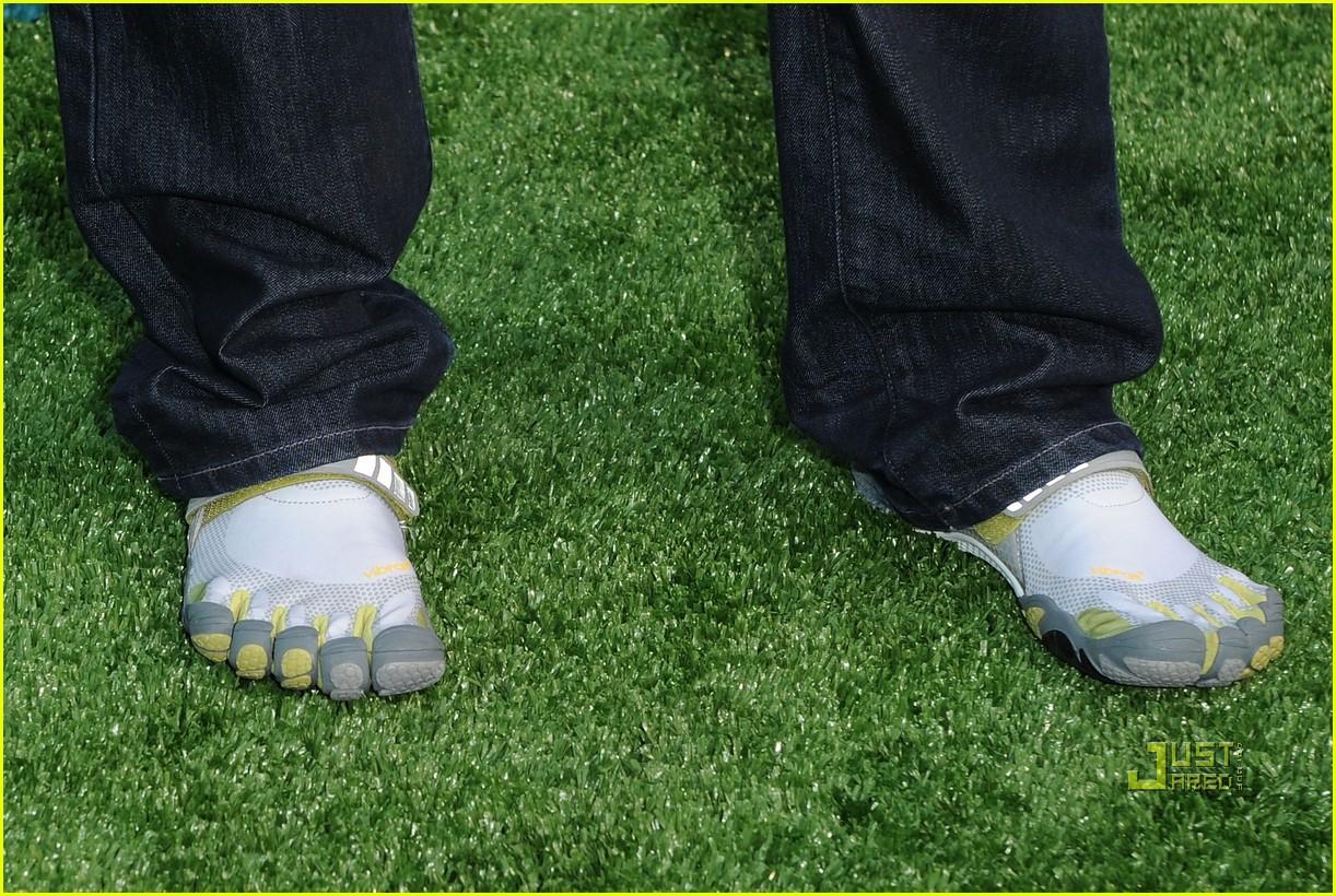 Fila Men's Skele-Toes EZ Slide Shoe
