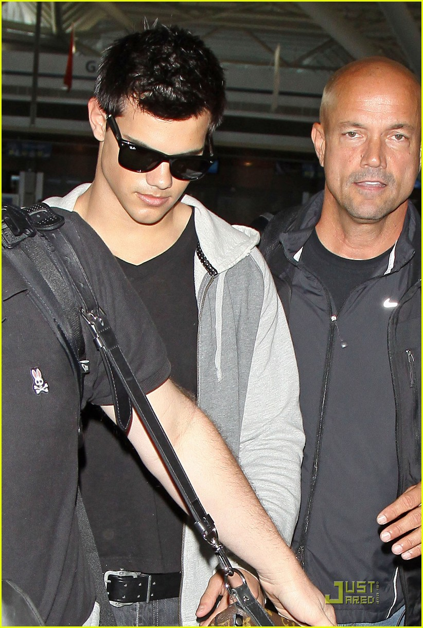 Taylor Lautner Twilight For Today Photo 2462267