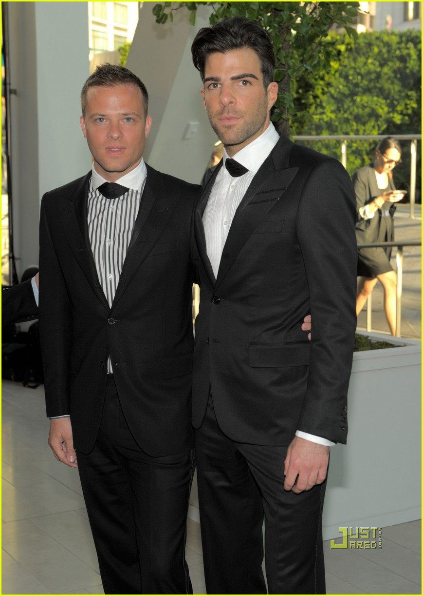 zachary quinto cfda fashion awards 2010 00