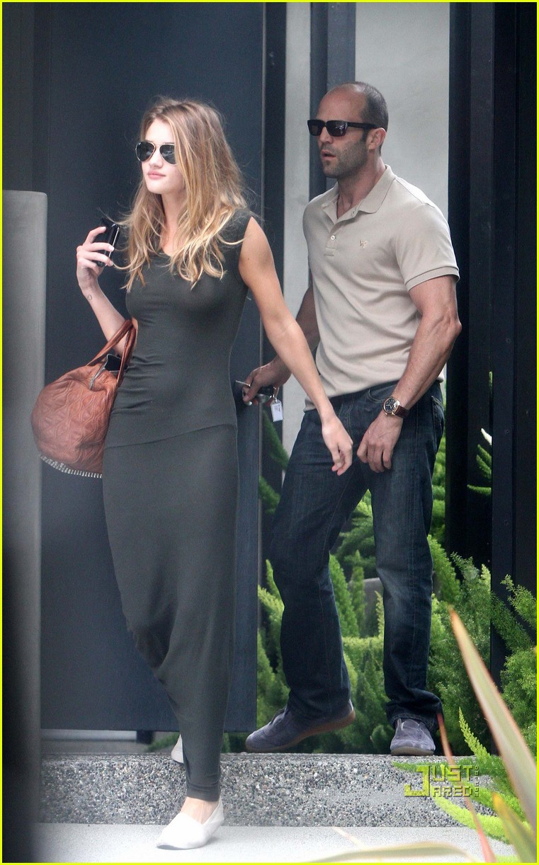 rosie huntington whiteley jason statham dinner 02