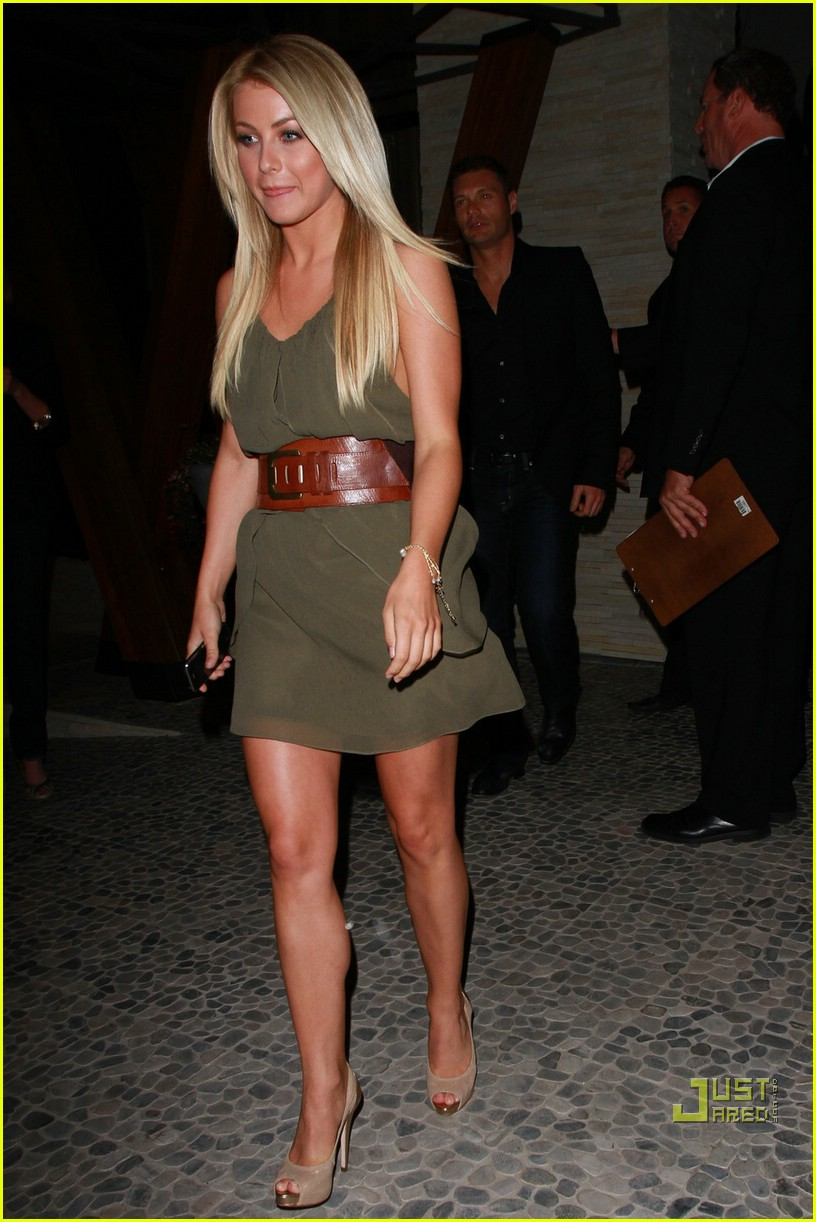 ryan seacrest julianne hough mexican 01