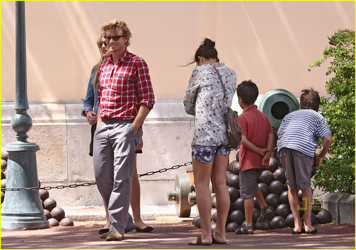 shirtless simon baker 132458025