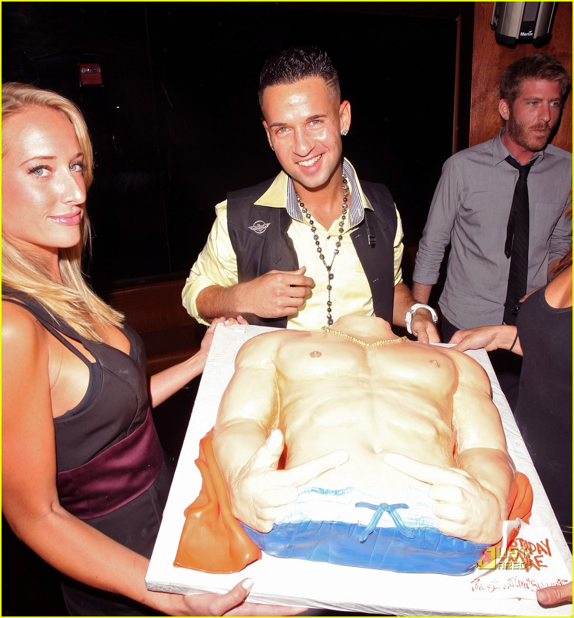 the situation abs cake 10