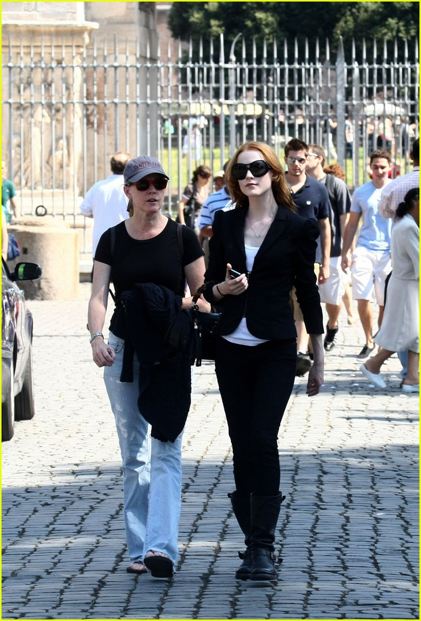 evan rachel wood rome tourist 032462423