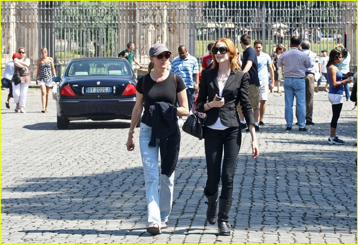 evan rachel wood rome tourist 08
