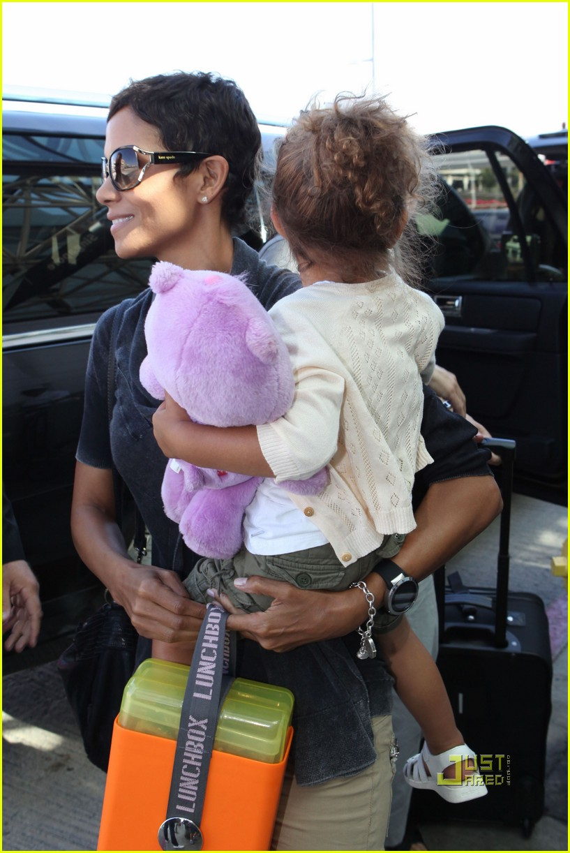 halle berry nahla gabriel aubry south africa 032469139