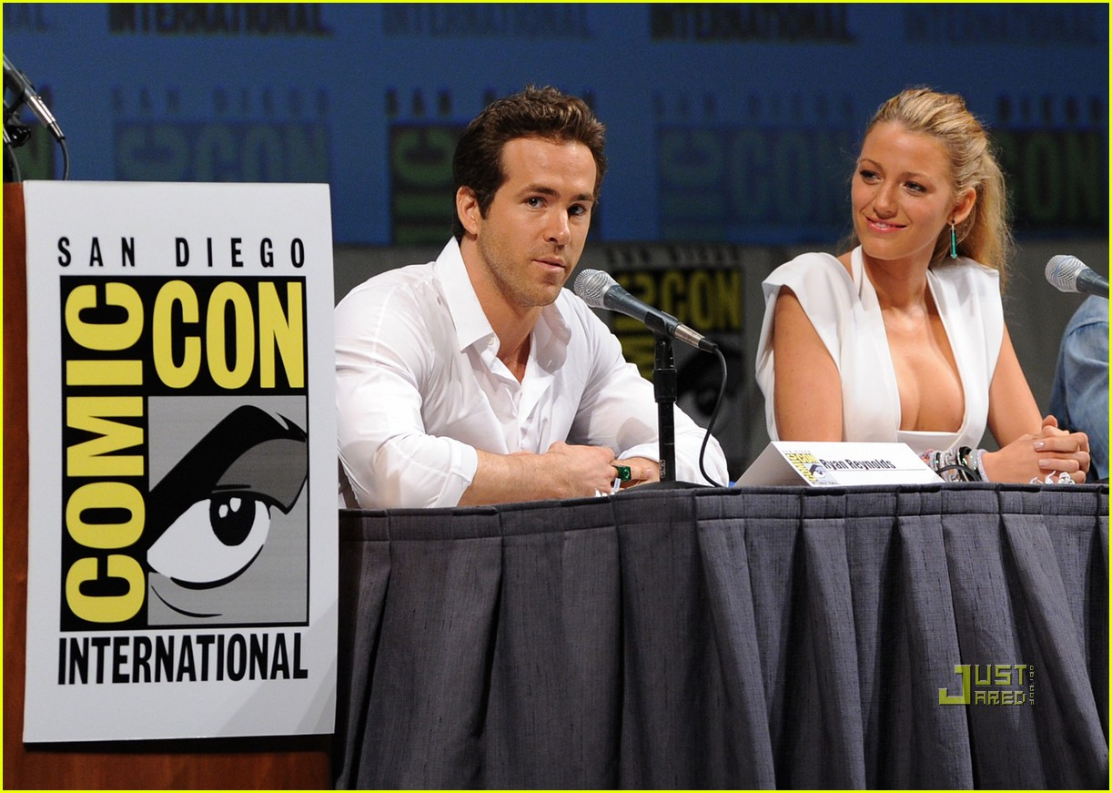 blake lively comic con ryan reynolds 042468629