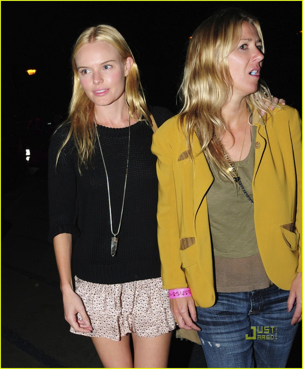 kate bosworth kings of leon alexander skarsgard 04