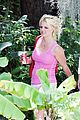 britney spears coca cola pink tank top 03