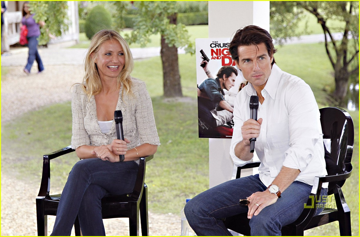 tom cruise cameron diaz martillac france press conference 02