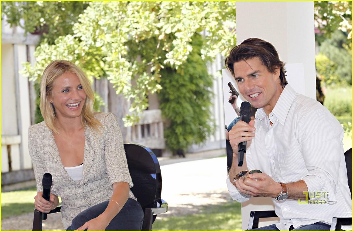tom cruise cameron diaz martillac france press conference 04
