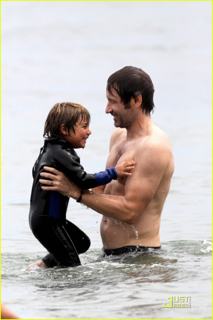 david duchovny shirtless independence 072463975