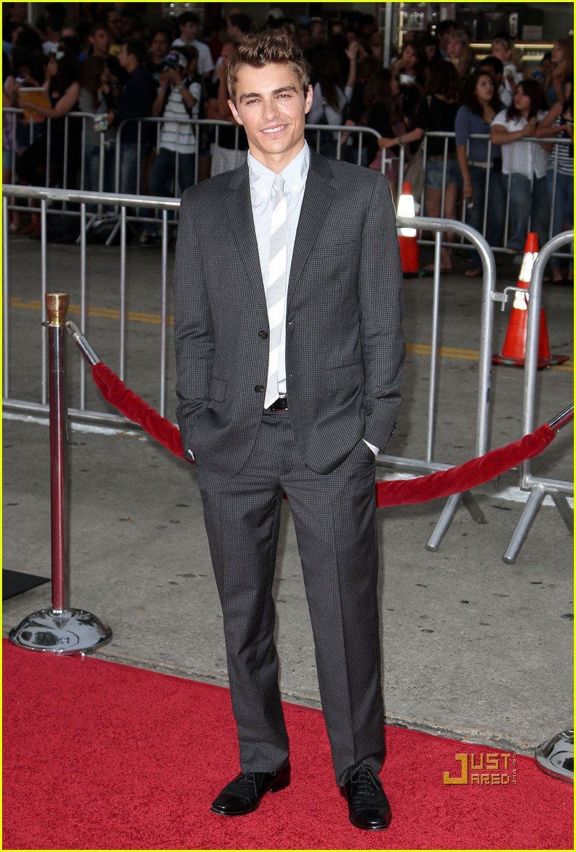 dave franco augustus prew charlie st cloud premiere 06