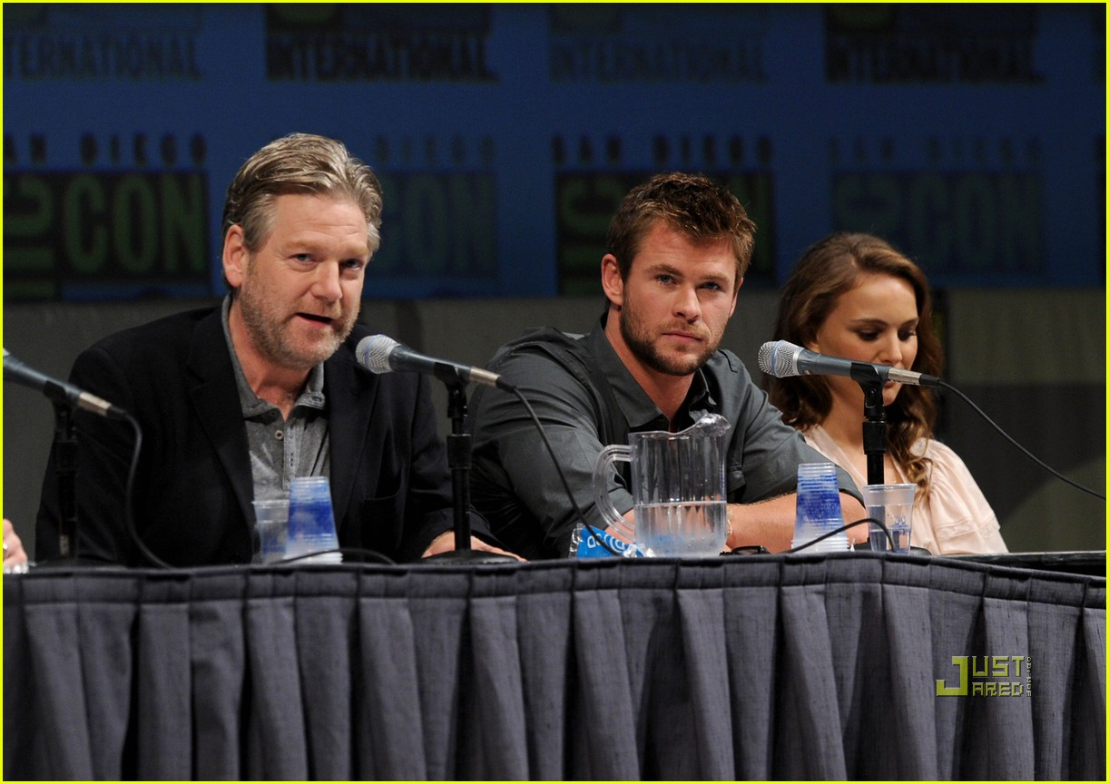 chris hemsworth thor comic con 17