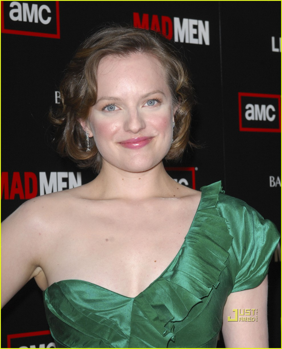 christina hendricks elisabeth moss vincent kartheiser mad men season 4 premiere 07