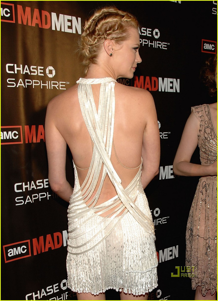 january jones elisabeth moss 132469004