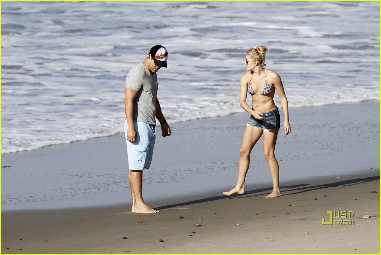 leann rimes eddie cibrian beach 08
