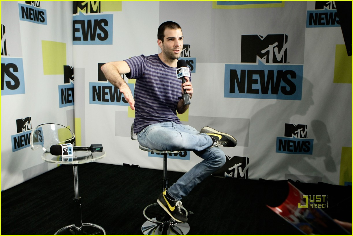 zachary quinto comic con 03