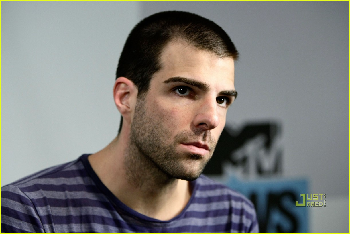 zachary quinto comic con 04