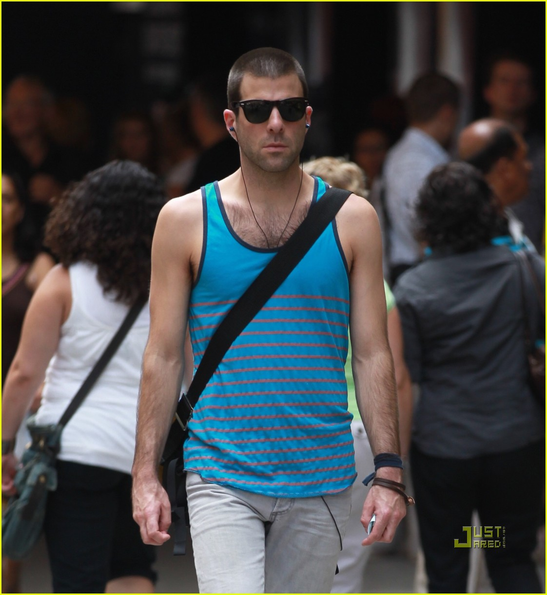zachary quinto shaved head 03