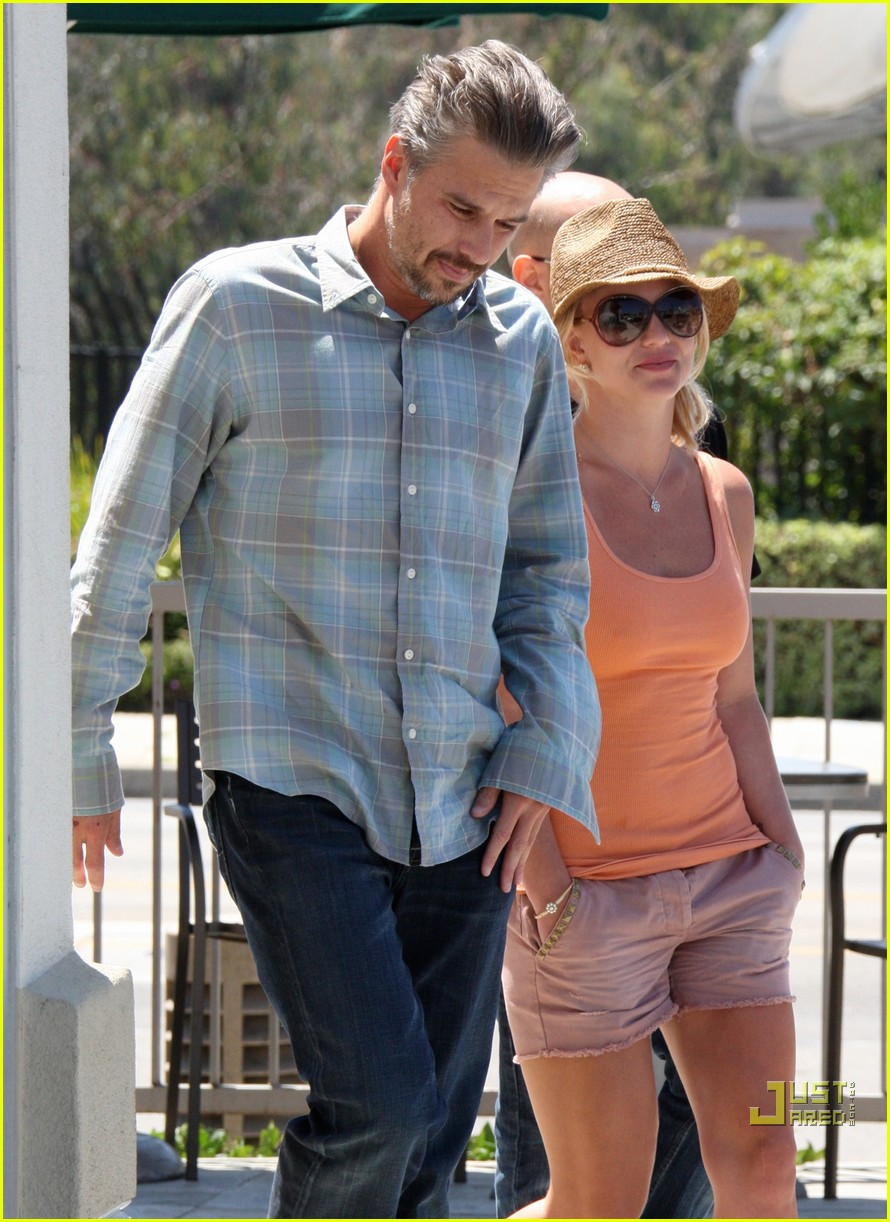 britney spears jason trawick starbucks stop 072468566