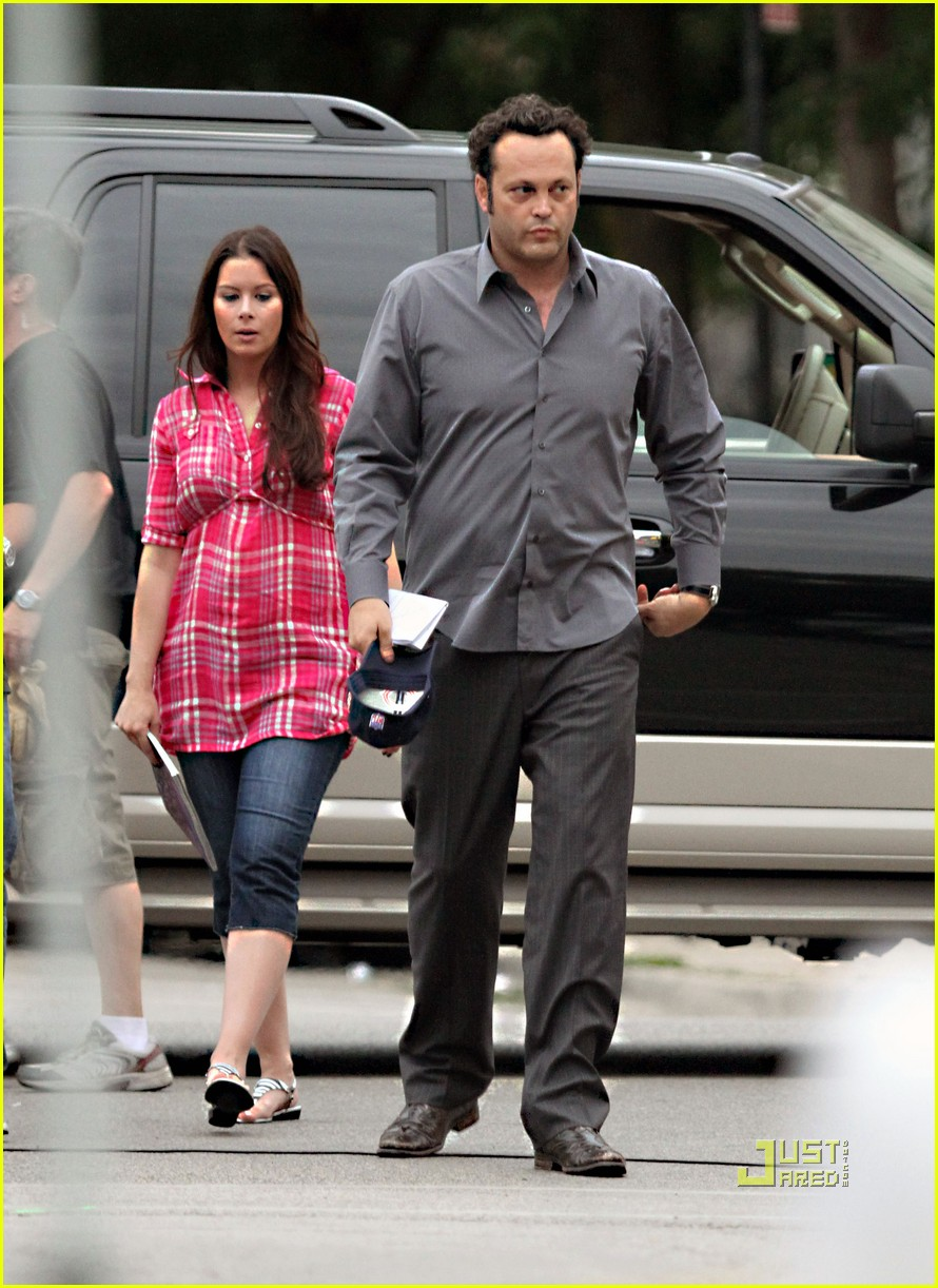 Vince Vaughn And Victoria >> Full Sized Photo Of Vince Vaughn Pregnant Wife 09 Photo