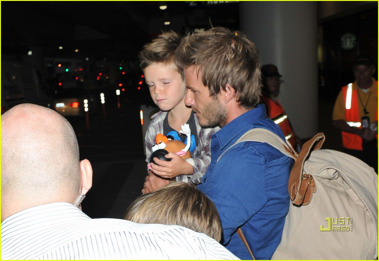 david beckham and kids toy story fans 02