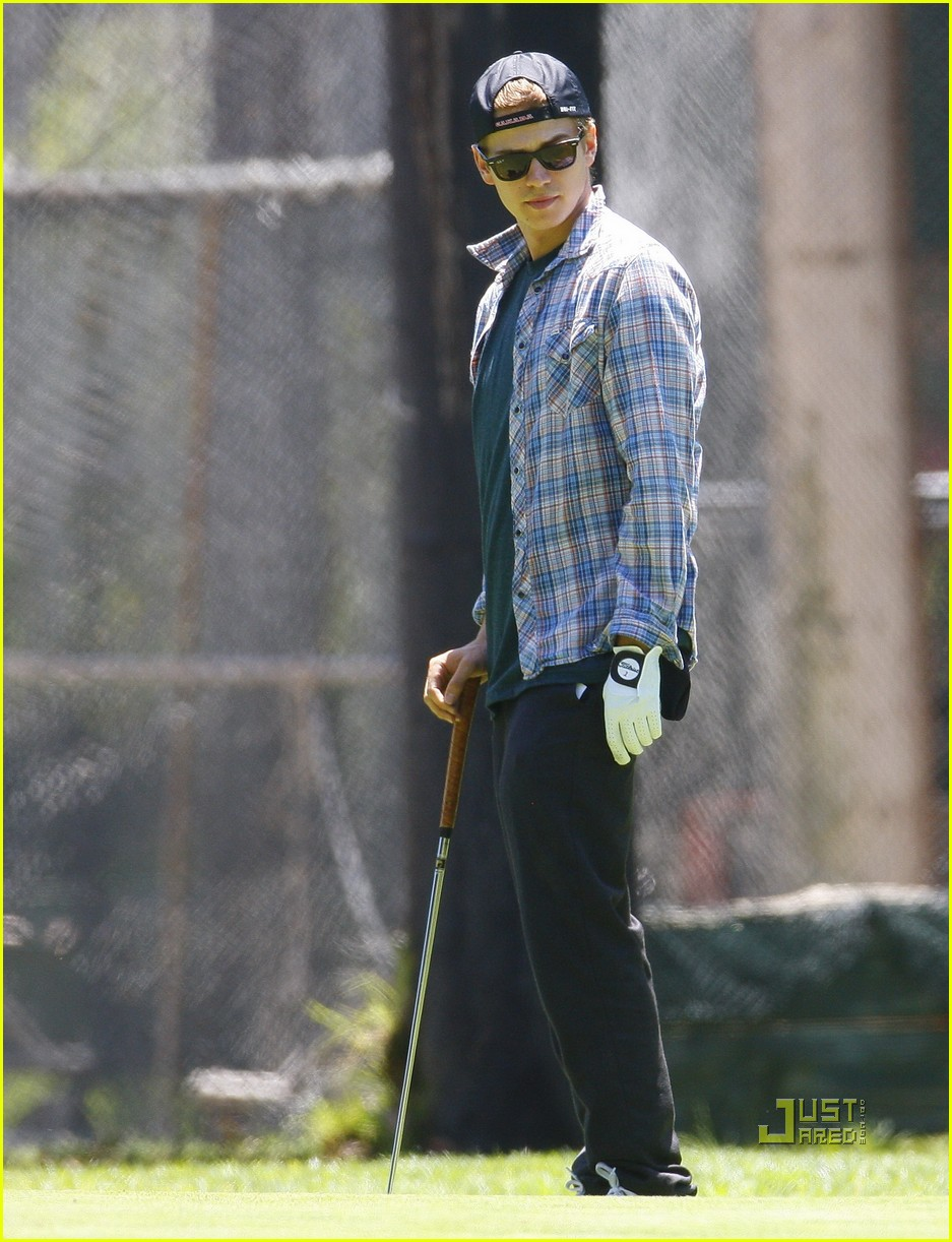 hayden christensen golfing 13