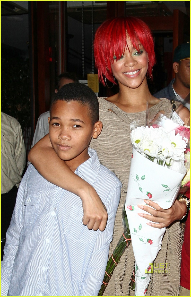 rihanna matt kemp happy 07