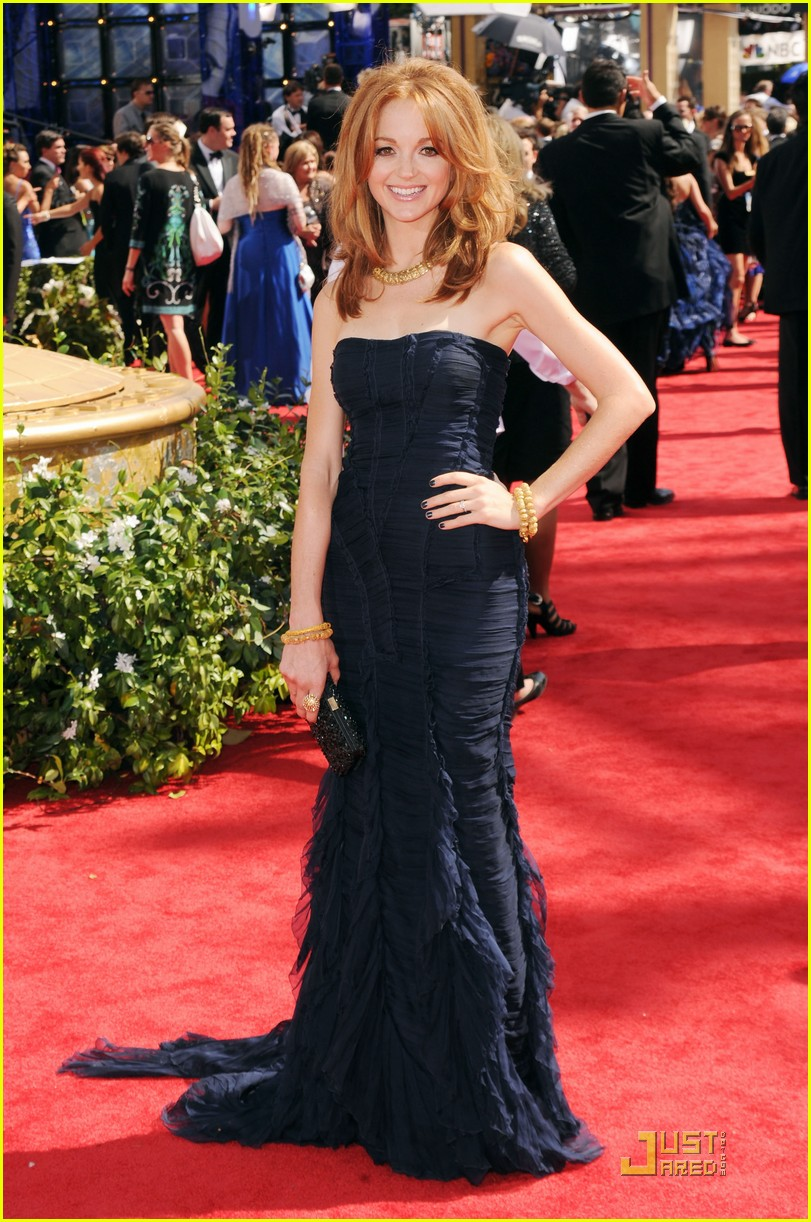 jayma mays 2010 emmys red carpet 012476071