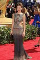 maria menounos 2010 emmy awards red carpet 04