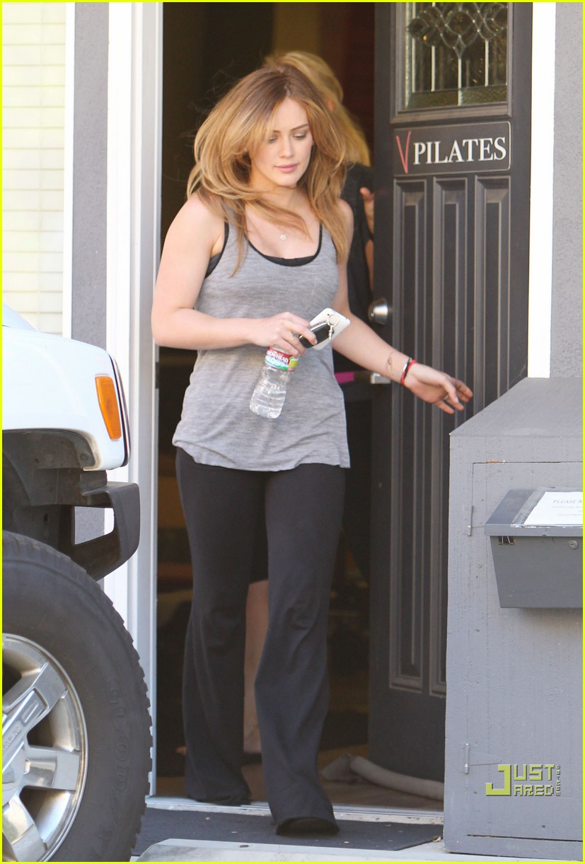 hilary duff pilates pretty 09