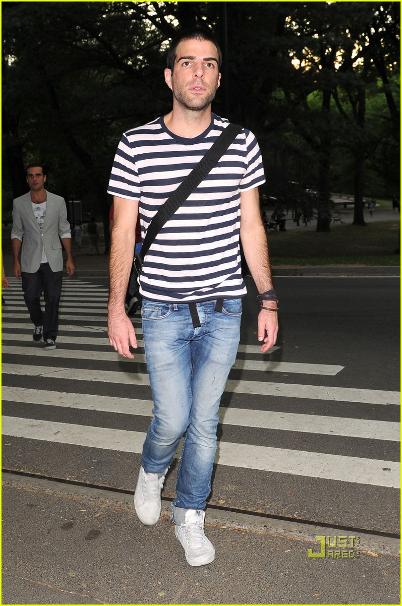zachary quinto shakespeare in the park 01