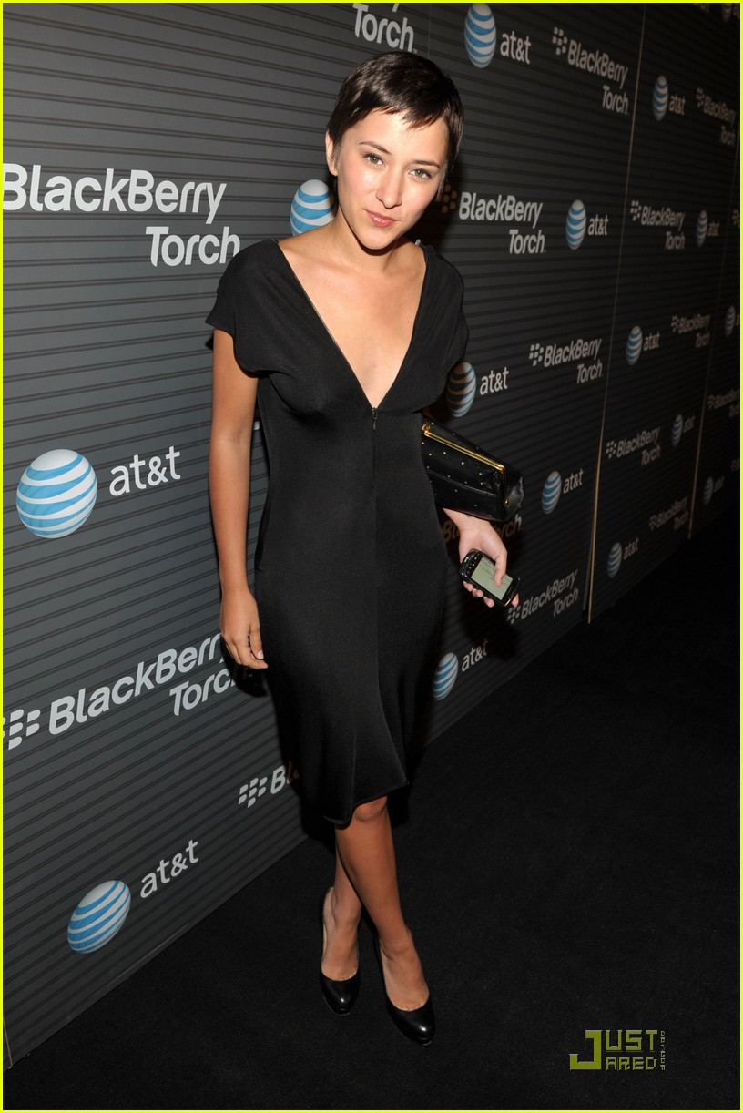 shenae grimes blackberry torch 03