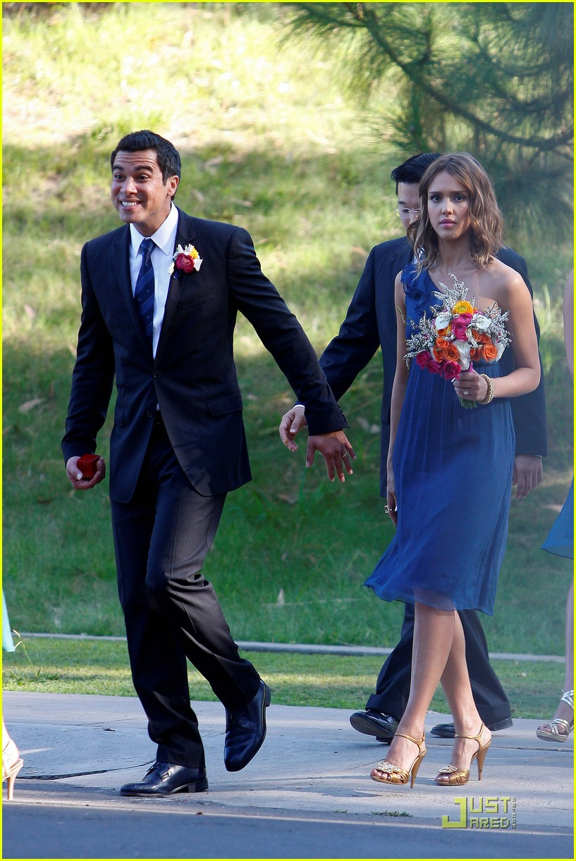 jessica alba bridesmaid in beverly hills photo 2481144