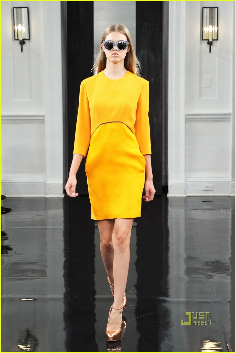victoria beckham ny fashion week 21