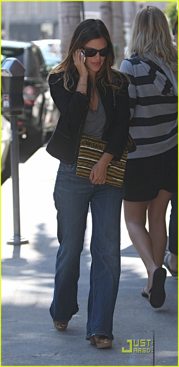 rachel bilson visits the doctor 052480884