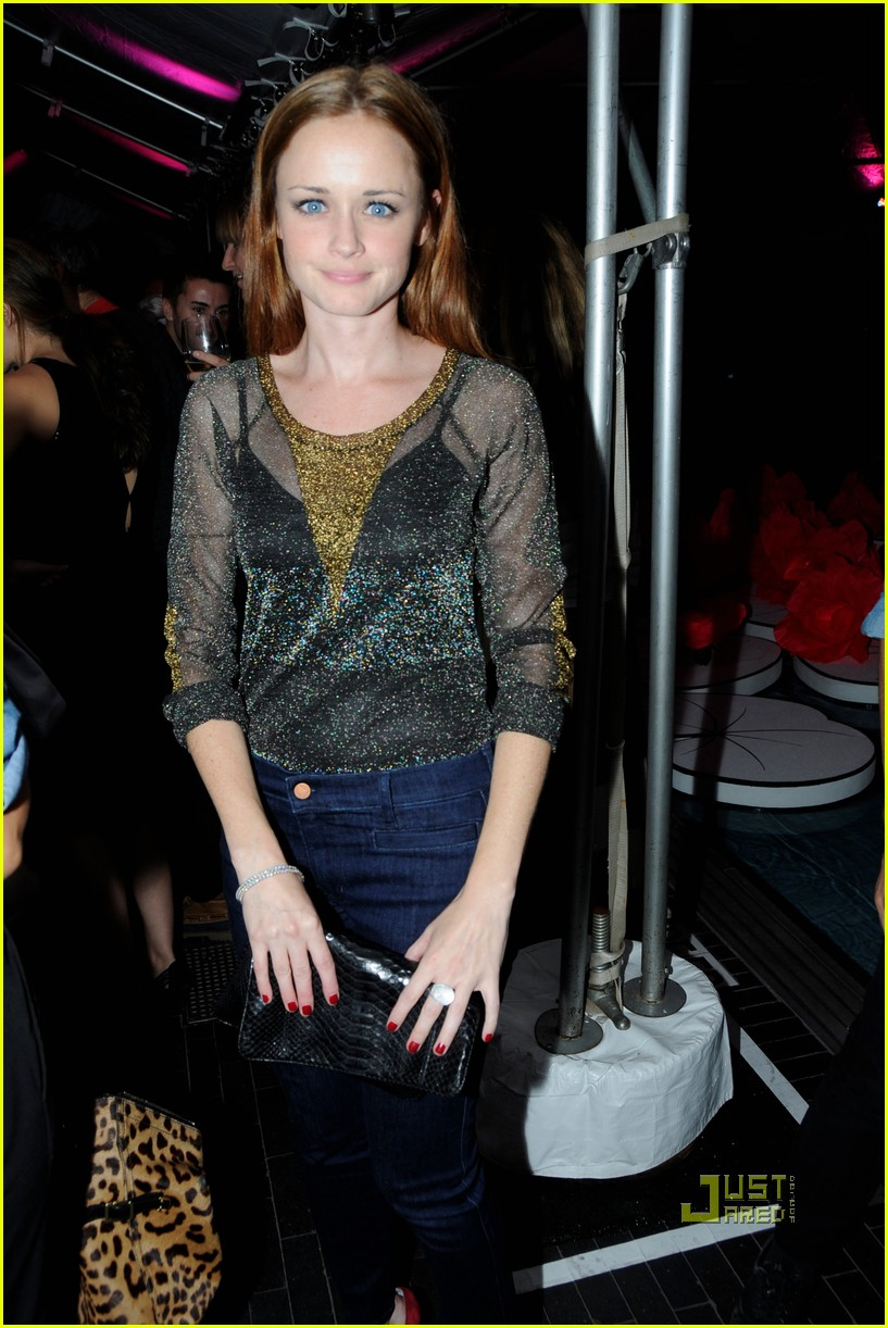 alexis bledel mulberry party 05