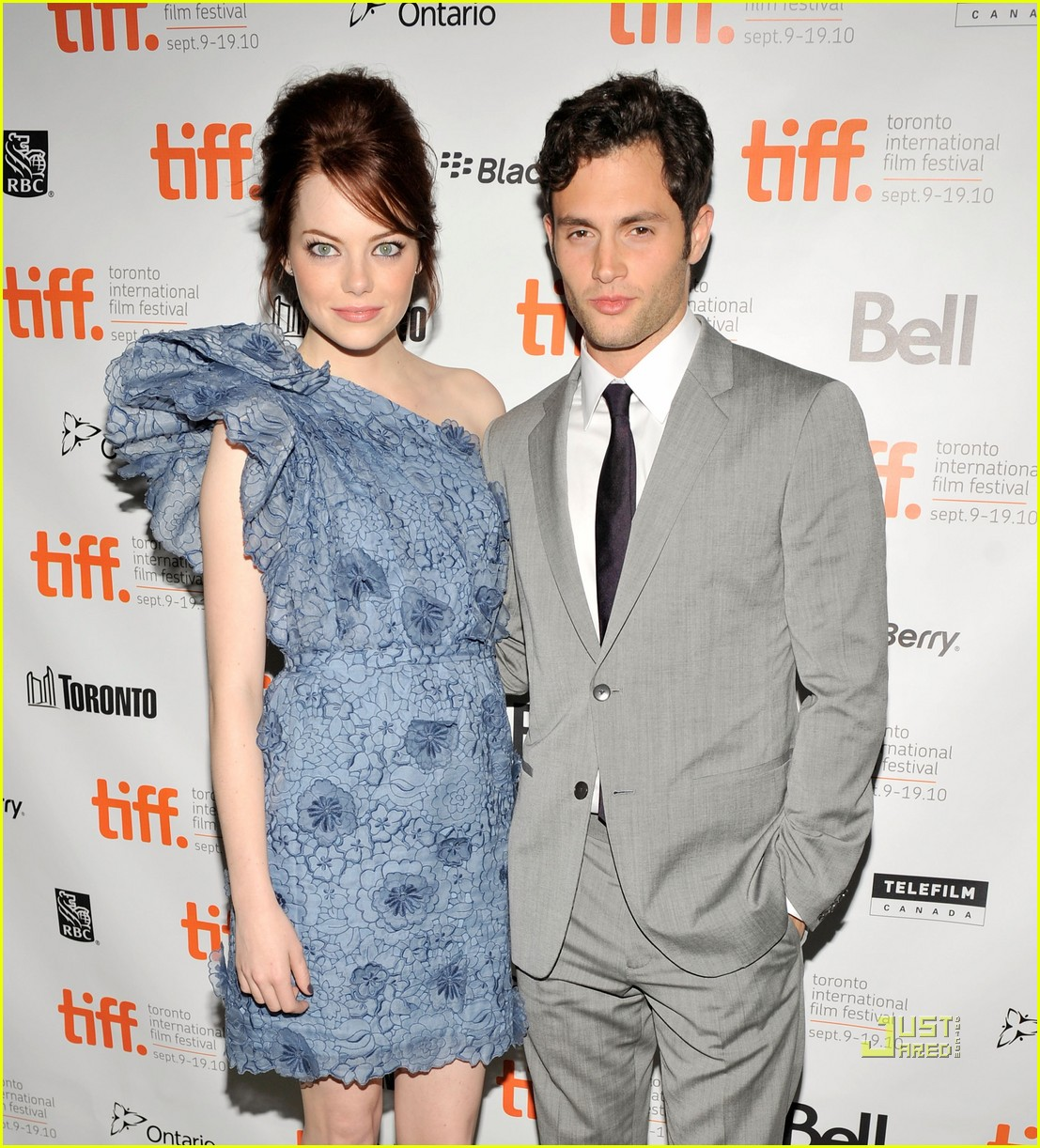 emma stone penn badgley tiff easy a 03