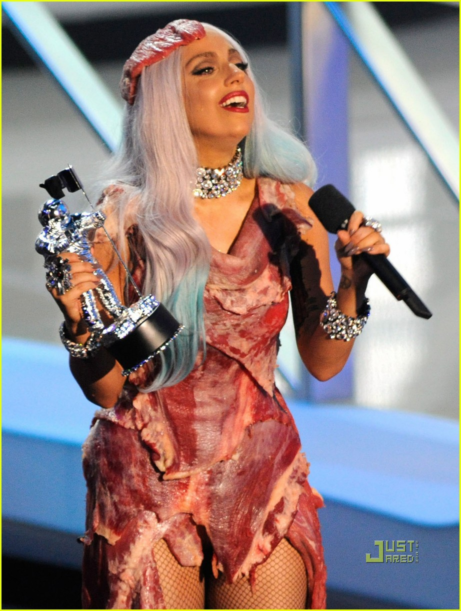 lady gaga meat dress 01