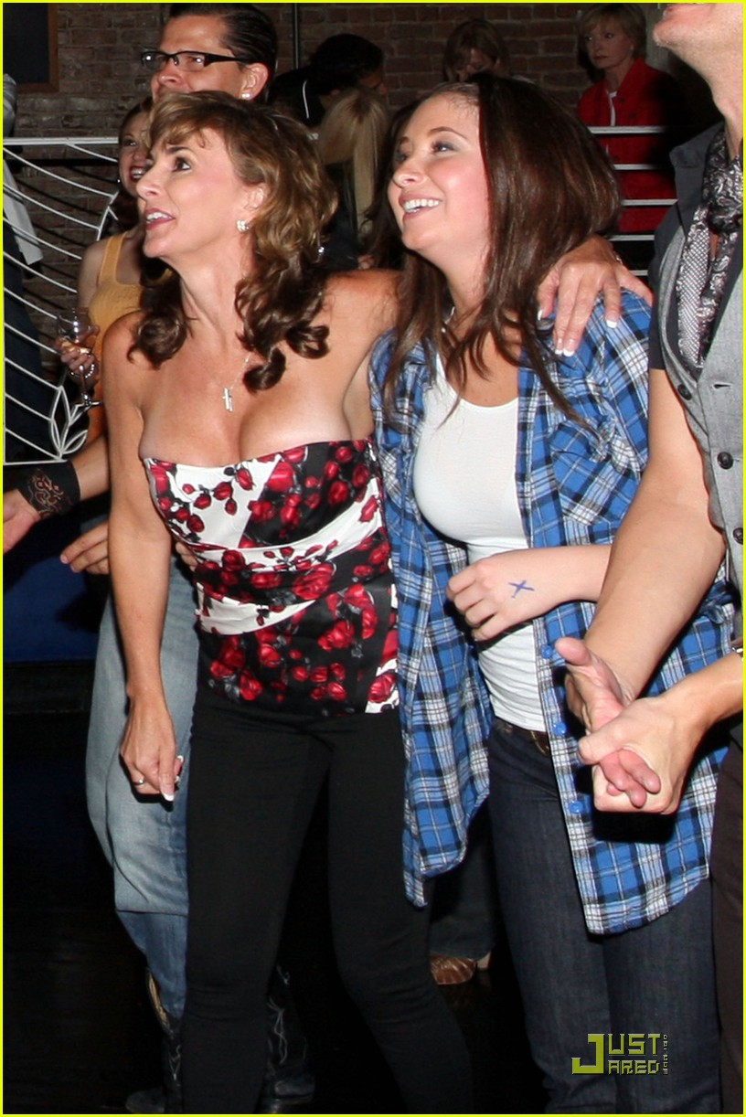 Full Sized Photo of bristol palin supports mark ballas 05 | Photo 2480890 | Just Jared