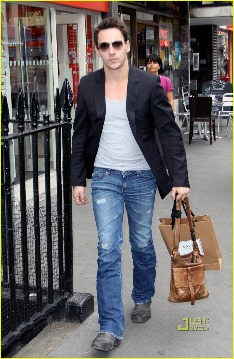 jonathan rhys meyers london shopping spree 032480305