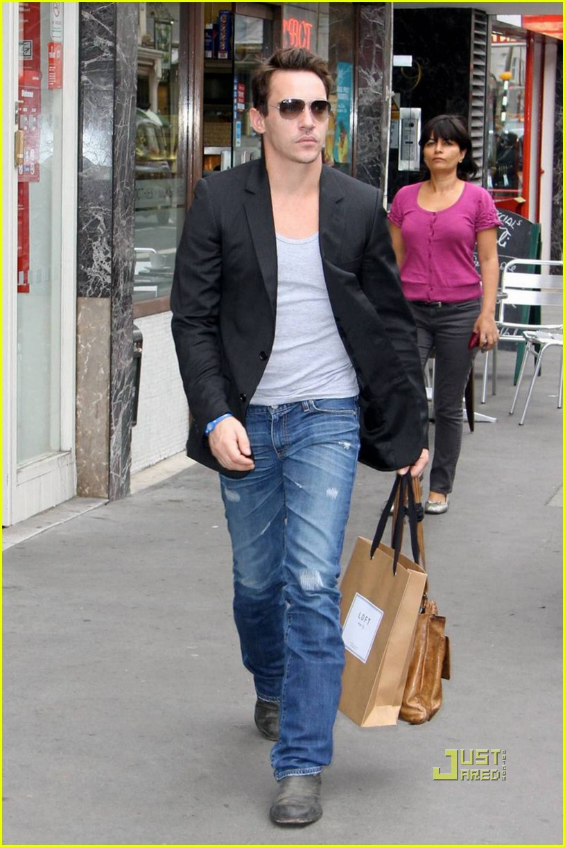 jonathan rhys meyers london shopping spree 08