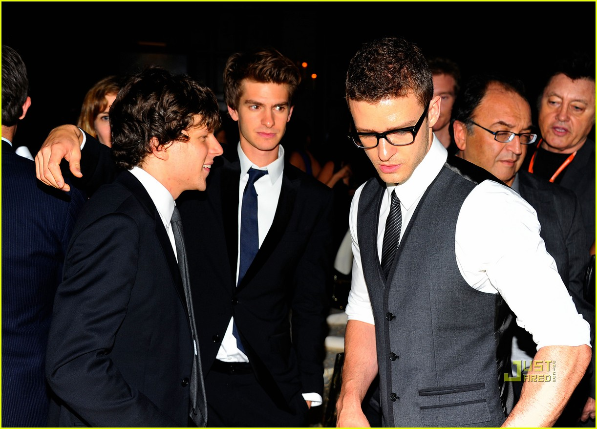 social network premiere 20