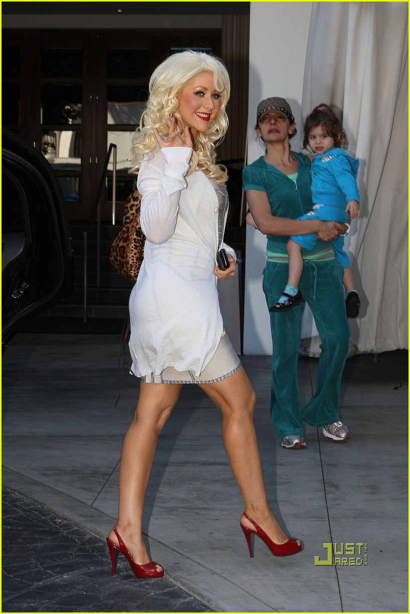 christina aguilera meeting at the sls hotel 012490535