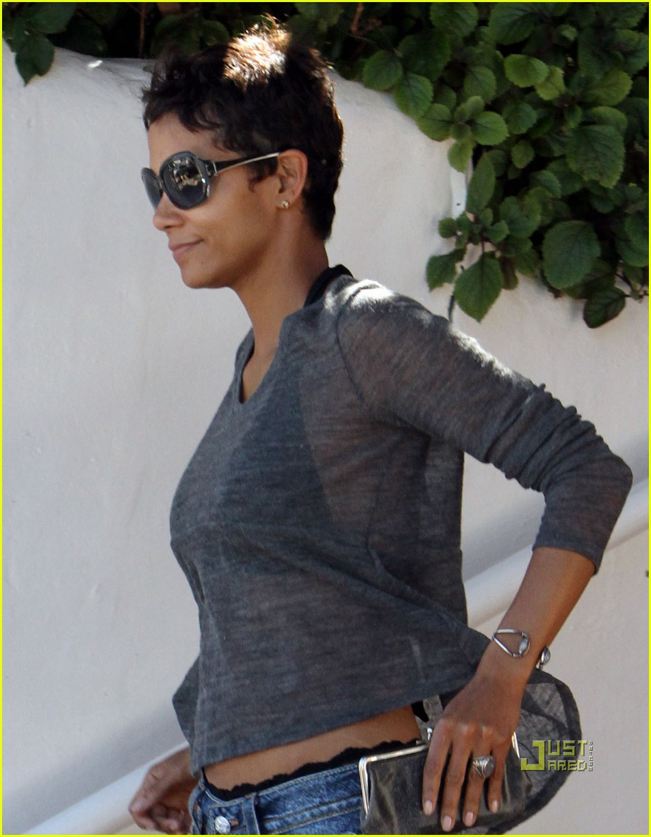 halle berry olivier martinez see through shirt 06