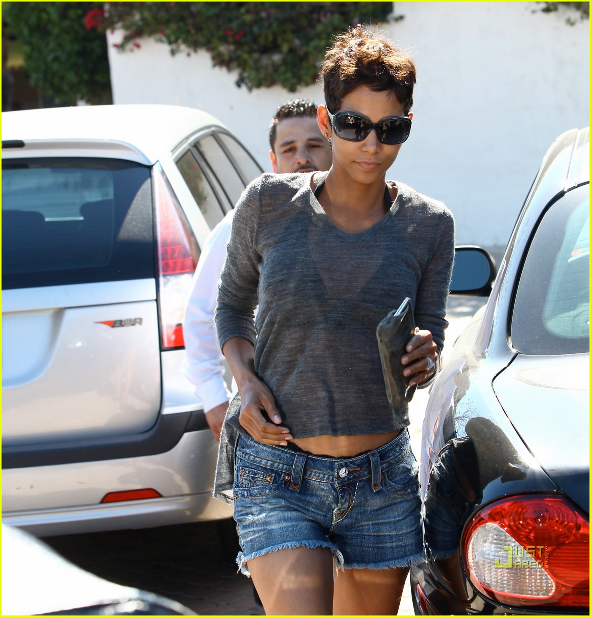 halle berry olivier martinez see through shirt 16